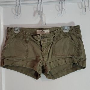 Hollister Size 5/27 Green So Cal Stetch Shorts